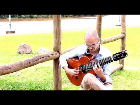 "Diego Salvetti - Aquarela "" (Toquinho) eight strings flamenco guitar"