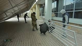 видео Односкатное каркасное укрытие