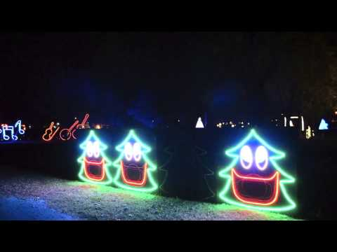 Singing Christmas Trees - YouTube