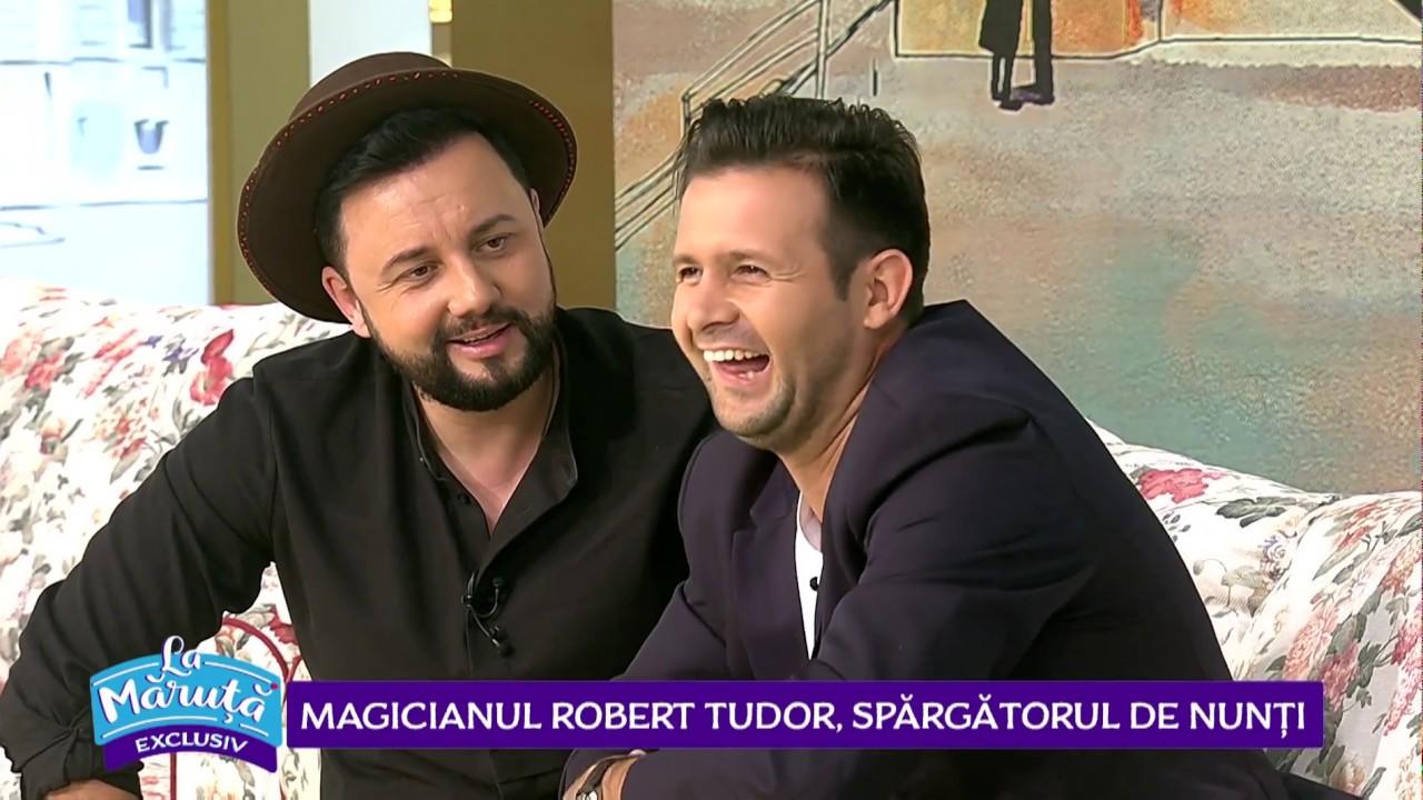 Magicianul Robert Tudor, numere de magie la nunta Roxanei Ciuhulescu