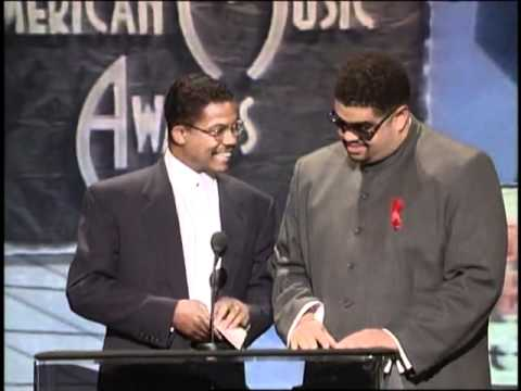 Snoop Dogg Wins Favorite Hip-Hop Artist Award - AMA 1995