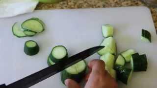 Салат с маринованными огурцами на каждый день.