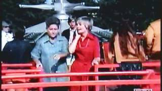 Brady Bunch at Kings Island 1973 pop up video