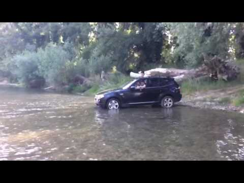 BMW X3 off-road