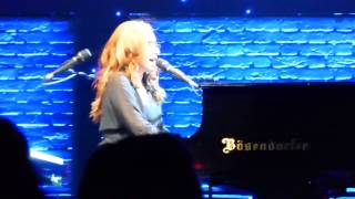Tori Amos - 16 Shades of Blue HD @ Beacon Theatre NYC2 2014