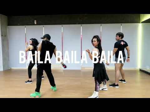 BAILA BAILA BAILA - Ozuna English  Choreography ZUMBA CNC Studio At Balikpapan