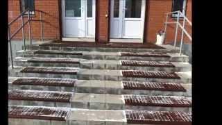 видео Резиновый коврик уличный противоскользящий, в рулонах