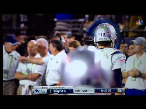 The crazy last minute of Super Bowl XLIX as PATRIOTS beat SEAHAWKS - Feb 1 2015