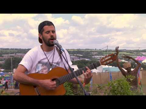 Nick Mulvey - Meet Me There (Glastonbury 2014)