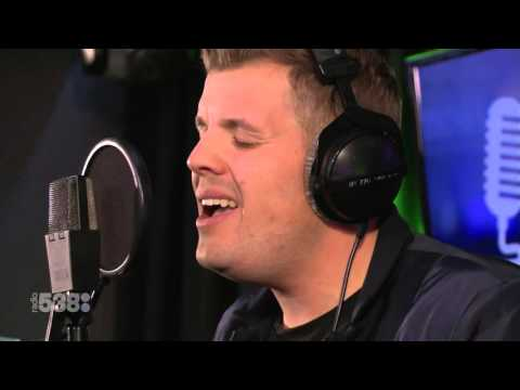 Jake Reese - Mad World (Acoustic) | Live...