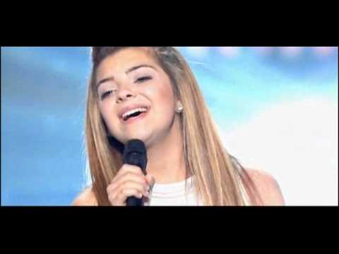 Клип Caroline Costa - Ave Maria