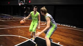 видео Тема: «Техника защиты в баскетболе»