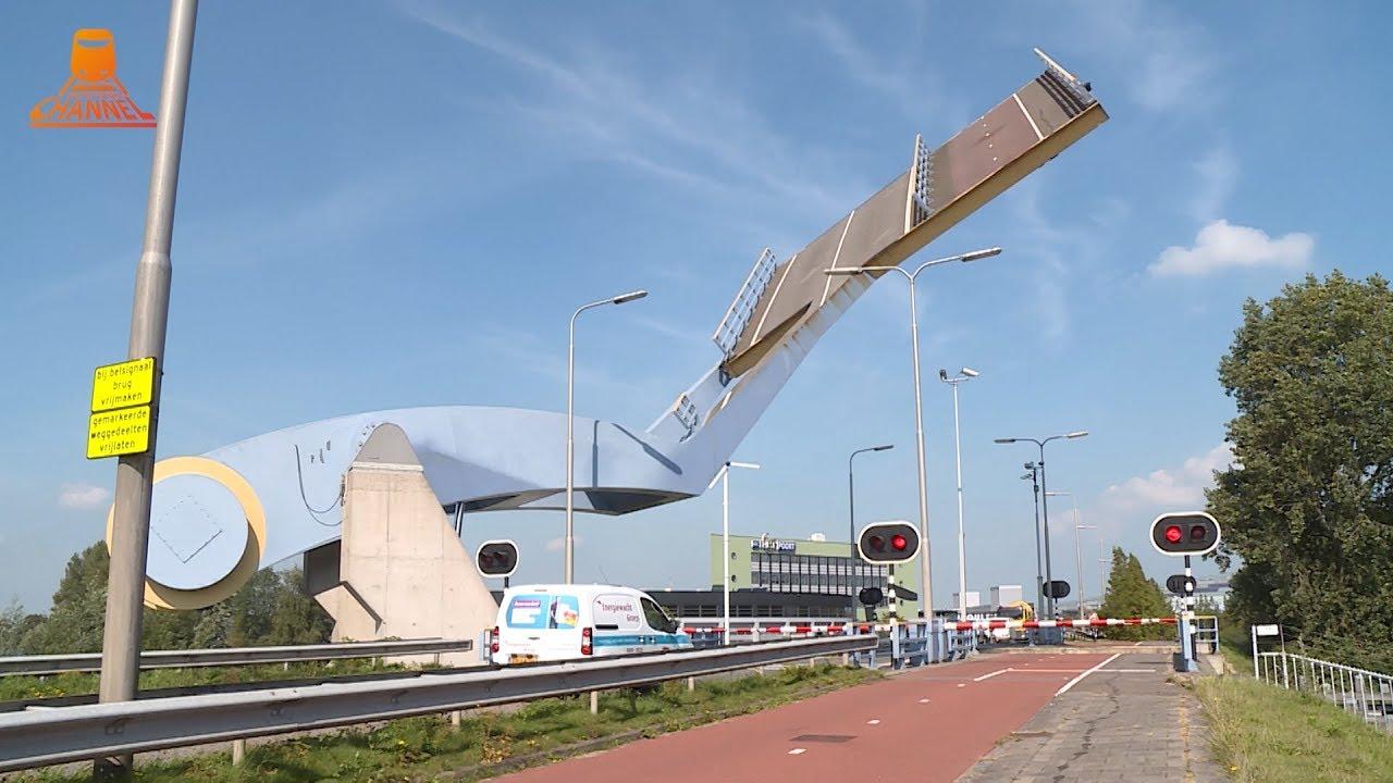 Tentoonstellingscatalogus Nederlands …