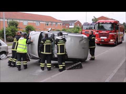 01.07.2016 Bil endte på taget, Tårnby