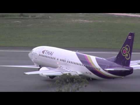 Thai Airways 737-400 take off Koh Samui การบินไทย (HS-TDK)