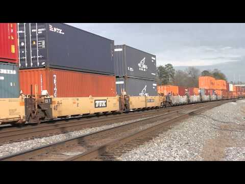 NORFOLK SOUTHERN TRAINS IN AUSTELL,GA.1-20-2015
