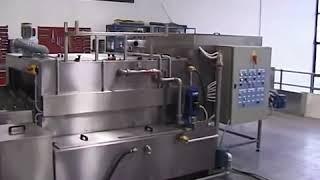 Lavadora túnel de piezas para limpieza y desengrase de tubos