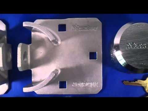 Master Lock 770 - Moraillon pour portes coulissantes