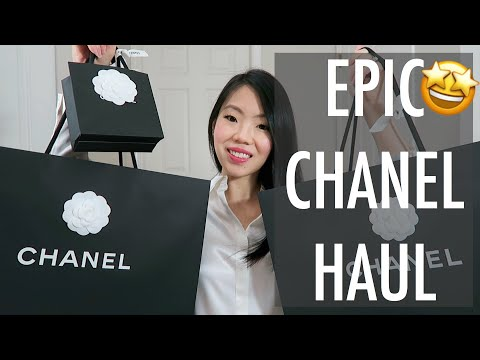 FIRST CHANEL UNBOXINGS🤭 OF THE YEAR! CHANEL SPRING-SUMMER 2019 COLLECTION | FashionablyAMY