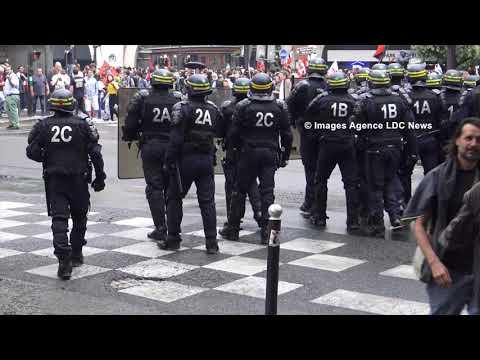 Des Black Blocs s'invitent à la Mobilisation des Fonctionnaires. Paris./France - 22 Mai 2018