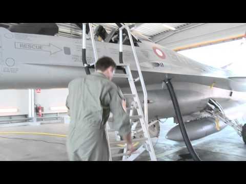 F-16 FIGHTING FALCON - KAMPFLY