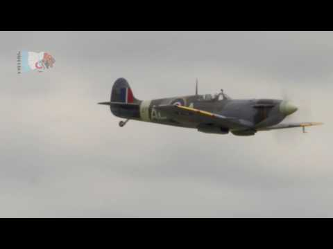 uppermost beautiful light lyrics hawker sea hurricane at shuttleworth 2008 in beautiful 244