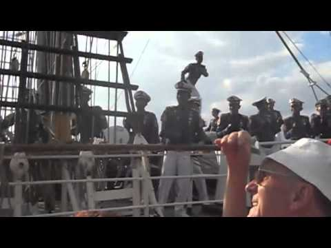 Kri Dewaruci leaves port of Antwerp @Tall ships race 2010