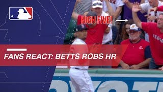 Fans react to Betts' home run robbery