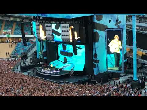 "Ed Sheeran Live Ullevi Gothenburg ""Sing"" And ""Shape Of You"" 2018-07-10"