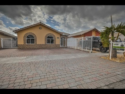 2640 W 68th Pl, Hialeah, Fl 33016