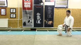 shikko mae (knee walking forwards) [TUTORIAL] Aikido empty hand technique:
