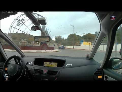 Riding a Citroen C4 Grand Picasso HDI