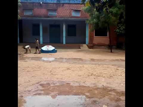 cricket match Barsaat Mein enjoy  Banta School