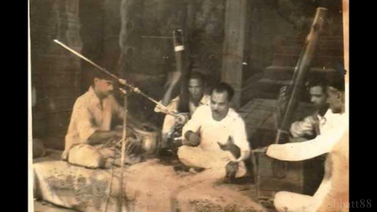How Many Versions Of This Thumri Do You Know - Mohe Panghat Pe