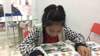 Bé Komina (Anh Thư, lớp FUNNY 4) đọc bài