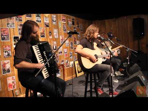 1029 the Buzz Acoustic Sessions: KONGOS - Come With Me Now