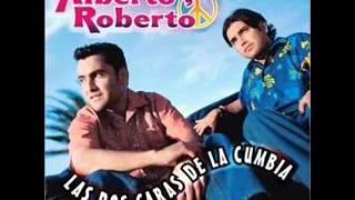 ALBERTO Y ROBERTO  besos besitos