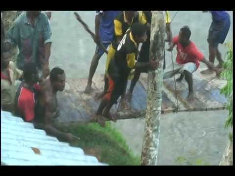 Tribe's Fight In Papua New Guinea