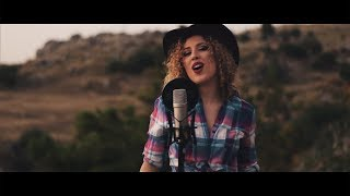 Old Town Road - Lil Nas X & Billy Ray Cyrus (Cover by Adriana Vitale)