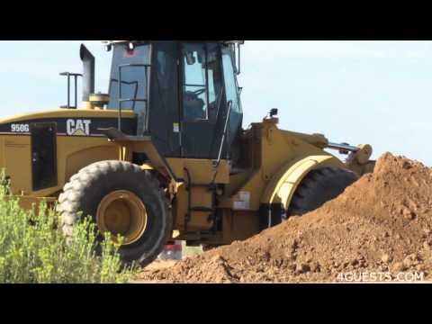 cat-950g-wheel-loader-~-working-moving-dirt