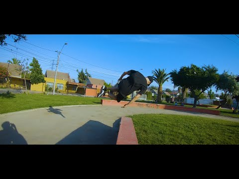Spamming The Side Flip And Other Stuff (B-roll)
