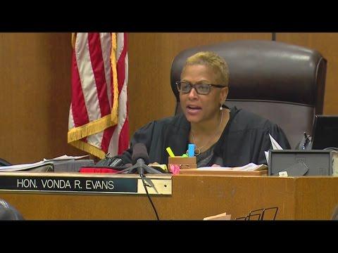 Judge Vonda Evans sentences Bob Bashara