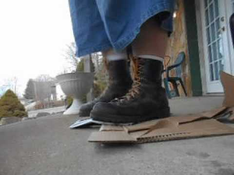 Danner Rainforest boot crunch on a cardboard box - YouTube