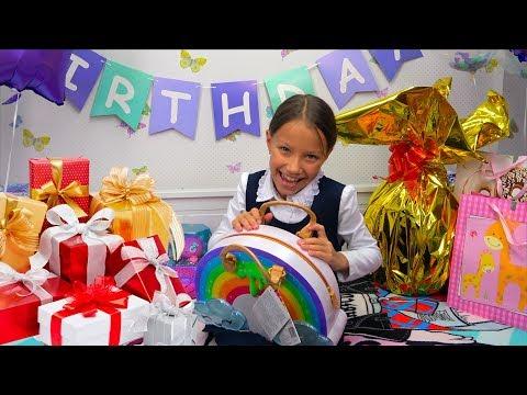 День Рождения Вики Что Подарили Родители? / Вики Шоу