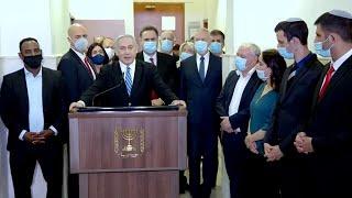 """Премьер-министр Израиля: """"Я - не пудель"""""""
