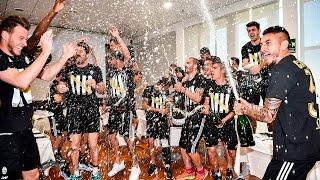 La Juventus festeggia a Vinovo-Party time in Vinovo