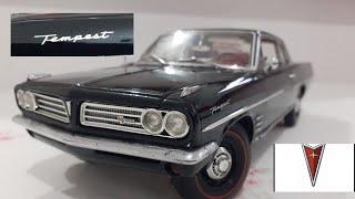 Modelo diecast na escala 1/18 fabricação da incrível Highway61. Pontiac Tempest da primeira geração, 326 V8. As informações do carro verdadeiro prestadas ...