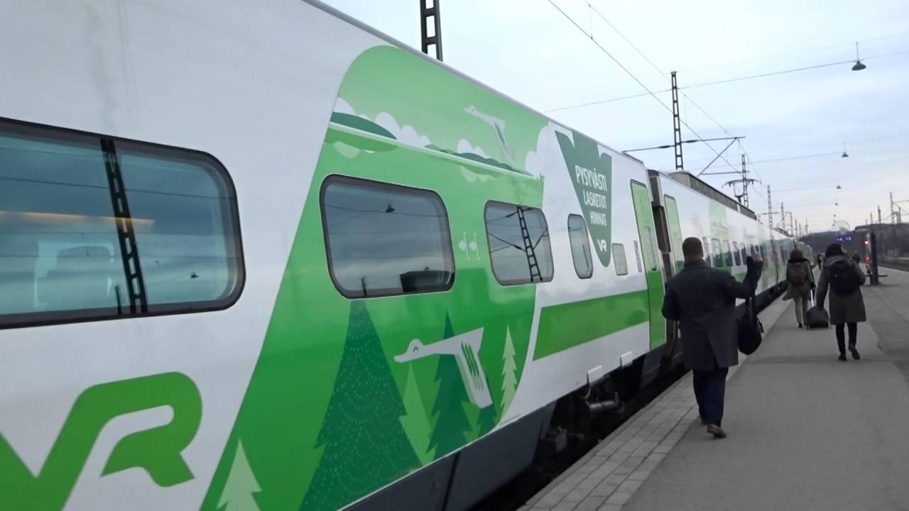 VR Pendolino 975 highspeed trainHelsinki Central Railway