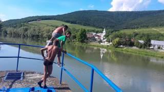 Gypsy jumper in Slovakia - Bold roma