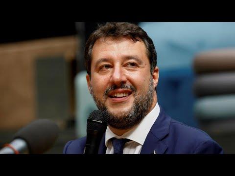إيطاليا: الزعيم اليميني المتطرف ماتيو سالفيني أمام القضاء بتهمة احتجاز مهاجرين في البحر  - نشر قبل 2 ساعة